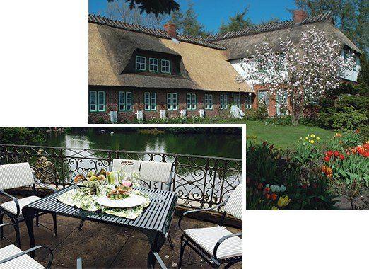 Kombination aus Gartentisch Provence und Gartenstuhl Cannes, Pulverbeschichtet und Witterungsbeständig aus Edelstahl vor einem See und Landhaus