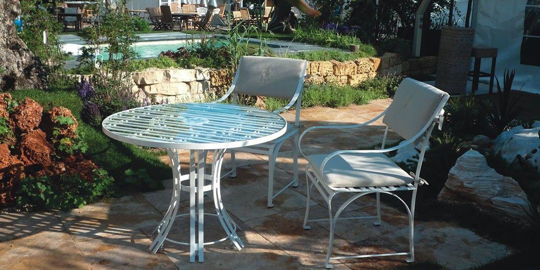 strapazierfähiger Gartentisch Cote D-Azur aus Edelstahl mit passenden Gartenstuhl für den Garten