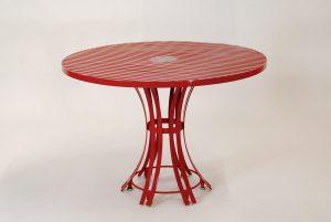 runder Gartentisch aus Edelstahl von LaSedia; hochwertige Verarbeitung, Pulverbeschichtung und robuste Materialien; mit hoher Standfestigkeit und maximaler Beinfreiheit