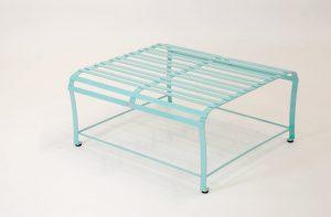 Witterungsbeständiger Edelstahl- Sonnentisch; hochwertig mit Handarbeit verarbeitet aus robusten Materialien, Pulverbeschichteter Tisch, Niro- Stahl